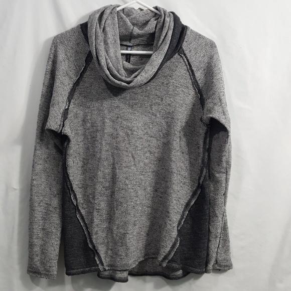 Kuhl Nova 2 tone gray cowl neck sweater